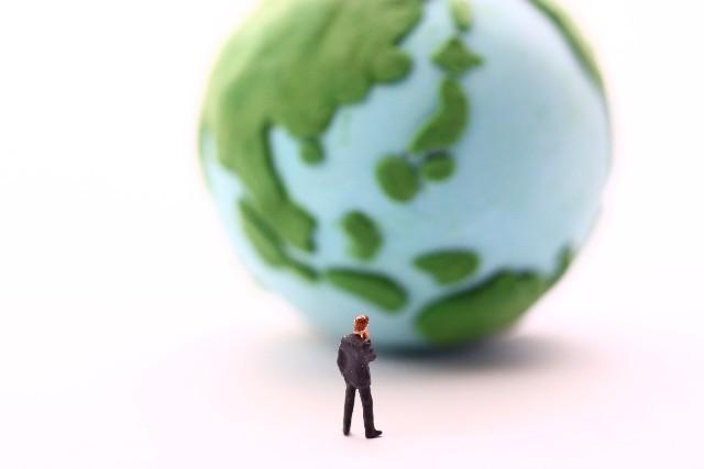 ファーストリテイリング最高益の原動力は「海外ユニクロ」 「売上げ5兆円」目指す柳井氏に立ちはだかる壁