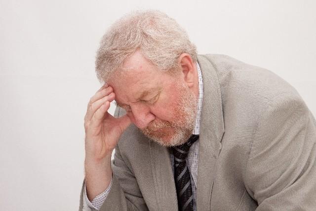 70歳でも黒々アフロヘアーが凄い 薄毛、白髪用シャンプー術伝授