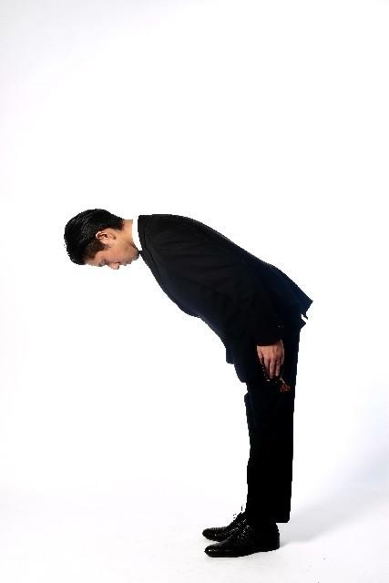 大阪W選暴行事件で再燃した「ご苦労さま」論争 目上に使うのは「お疲れさま」だけなのか