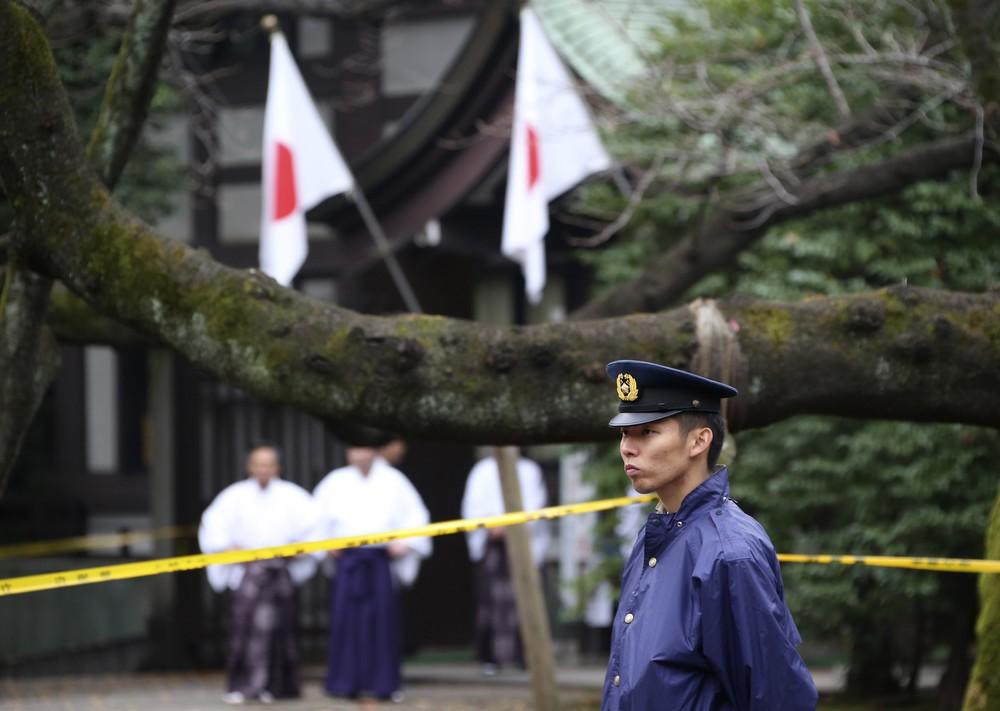 靖国「爆発音」事件で容疑者が「再入国」した大きな謎 「韓国が日本に渡したのでは」母の主張は本当なのか