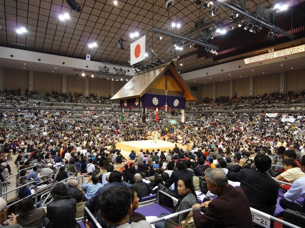 「日本出身力士」という表現に違和感 日本国籍力士では旭天鵬が優勝しているのに...