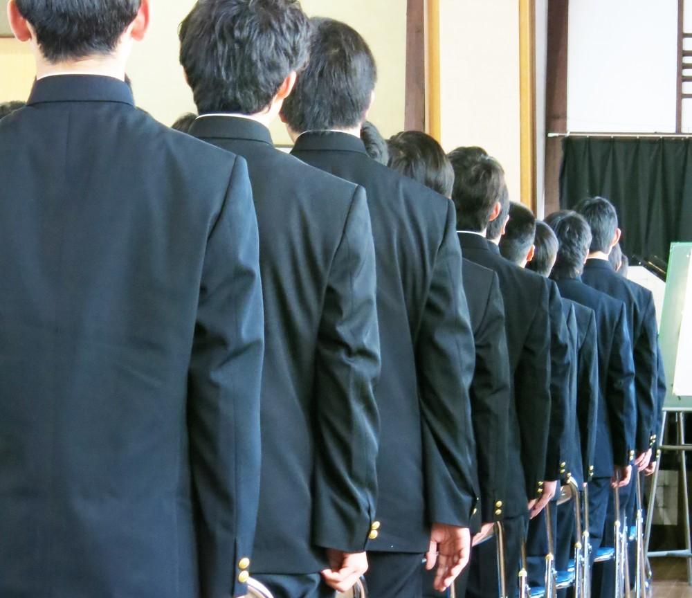 コンビニのバイト高校生が「未払い」に反旗 仲間含め「500万円」取り戻せたワケ