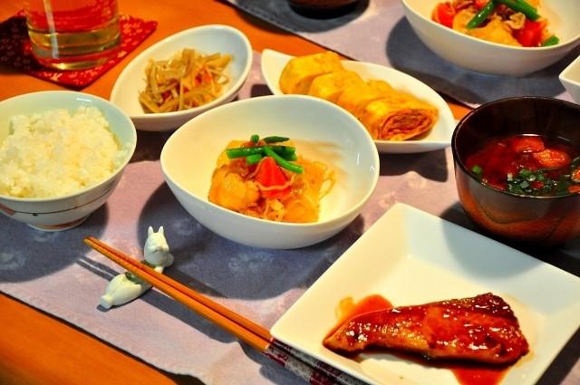 欧米が絶賛した長寿日本の秘密兵器 「食事バランスガイド」は5つ星級