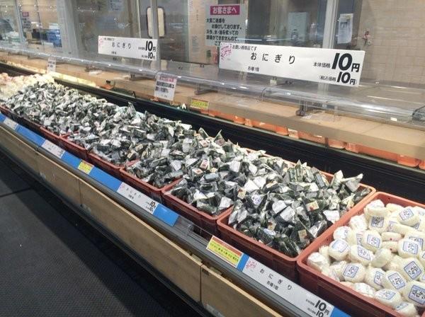 熊本のスーパーで「おにぎり10円」 驚異の安さを生んだ被災地事情とは