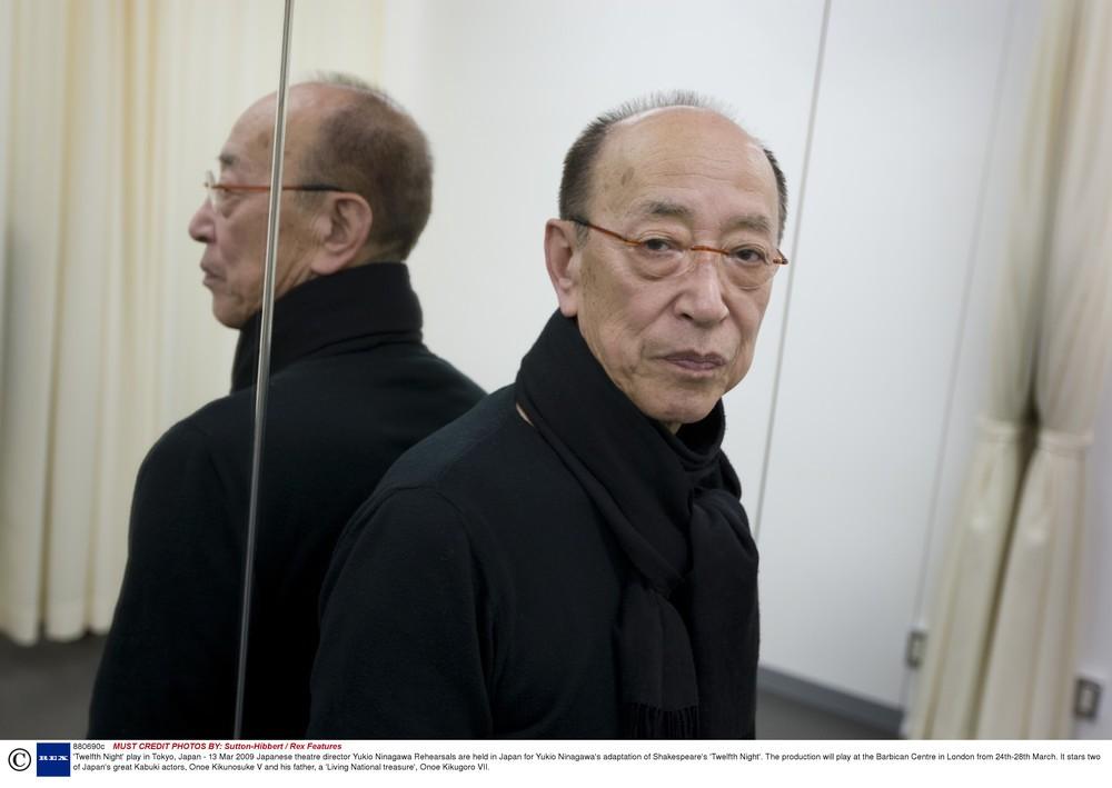 酸素チューブつけながら「鬼の稽古」 蜷川幸雄さんへの「追悼メッセージ」「思い出吐露」相次ぐ