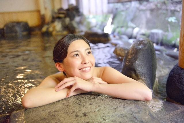 週1回の温泉で動脈硬化予防に期待 湯治の効果を「1000人調査」で実証