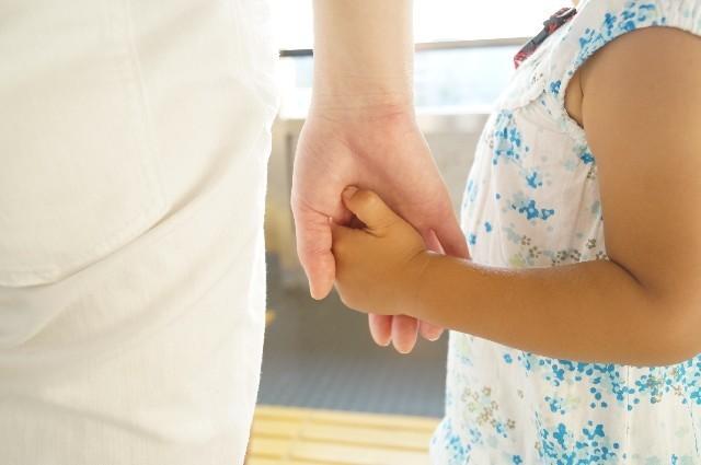 4歳女児のオムツ替えて逮捕 「親切でやって逮捕?」「いや、やったら駄目」