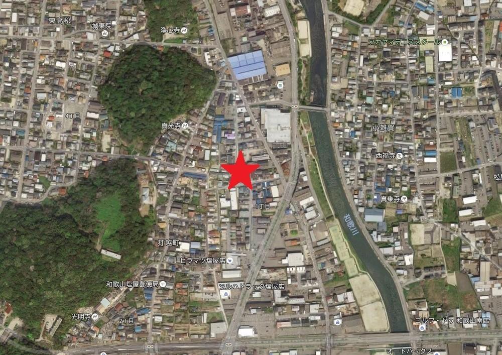 「2丁拳銃で立てこもり」の異様 「和歌山4人死傷」容疑者へ説得続く