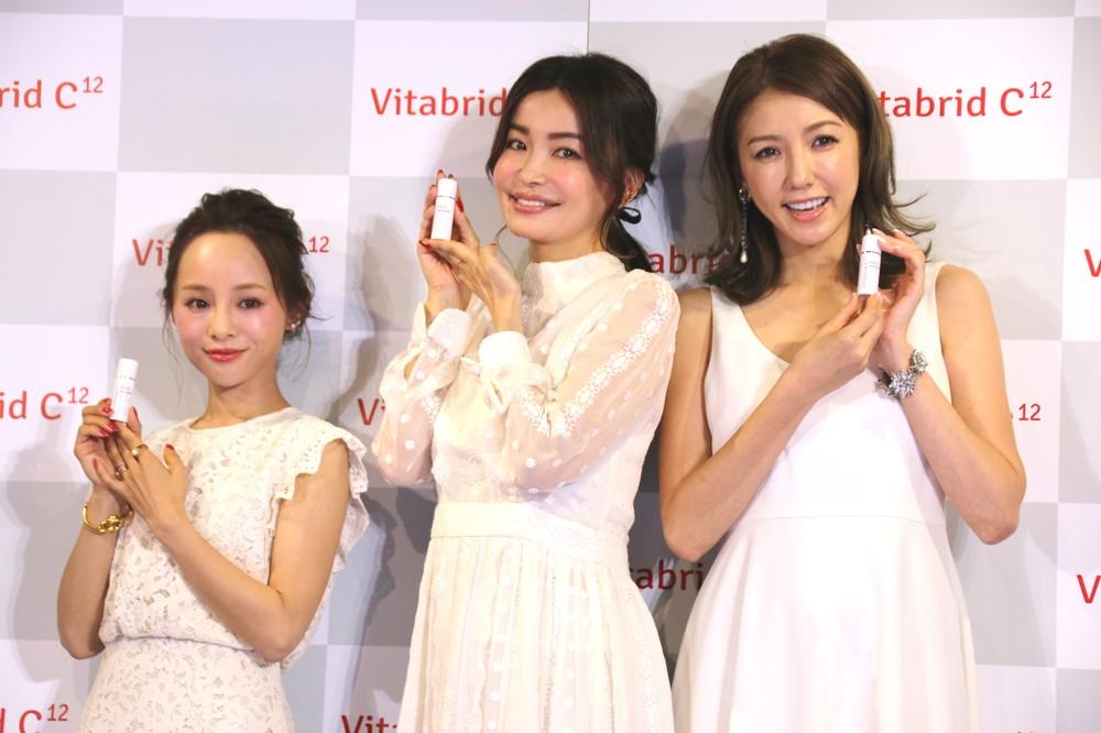 イベントに出席した(左から)田中亜希子さん、平子理沙さん、美香さん