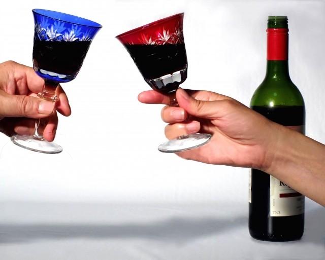 酒とおつまみ次第で認知症予防に 東大の研究で分かった「最強コンビ」