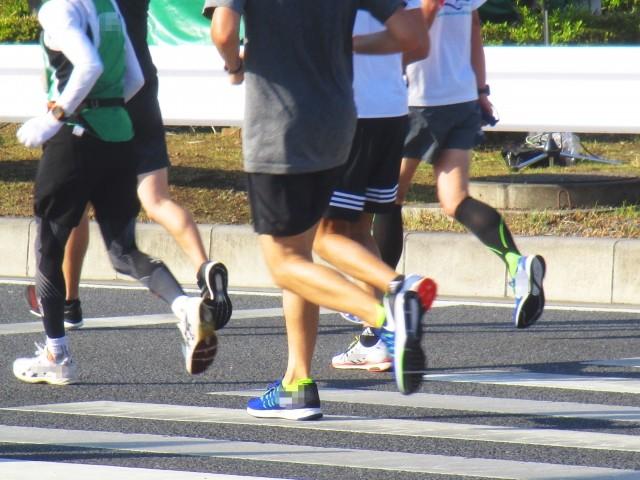 速く走るのに腕を振るのは時代遅れ 青学大・原晋監督のスゴい理論