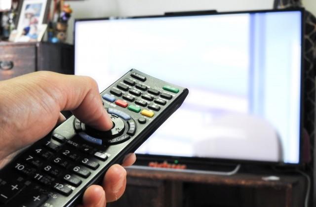 今日からできる超簡単ダイエット法 食事時間にテレビを消せば劇的効果