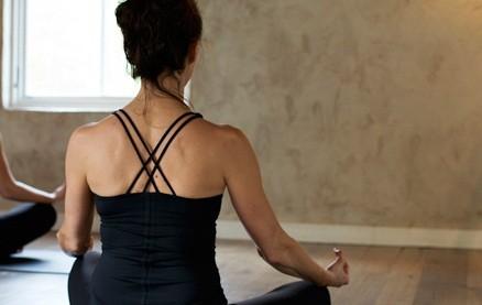 瞑想やヨガがストレス炎上を抑制 遺伝子レベルでの作用を解明