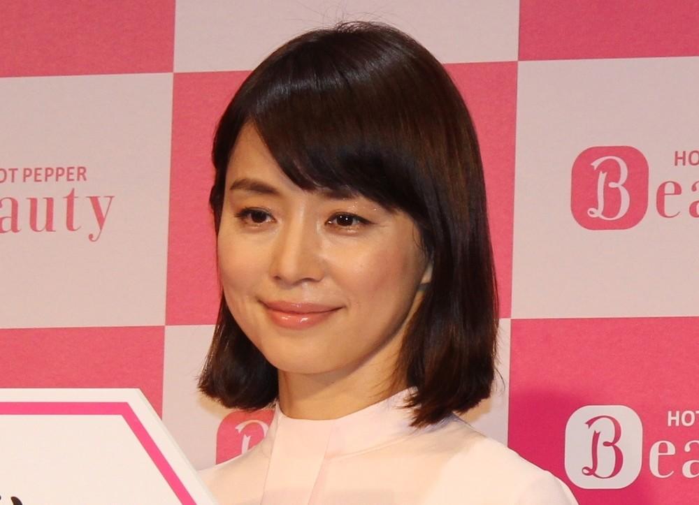 石田ゆり子インスタ、100万人突破 「癒しの場」「大好きになった」