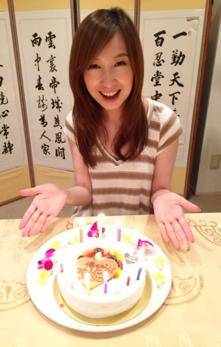 「40ホニャララ歳」森口博子が「涙腺崩壊」 27歳誕生日の写真公開に絶賛の嵐