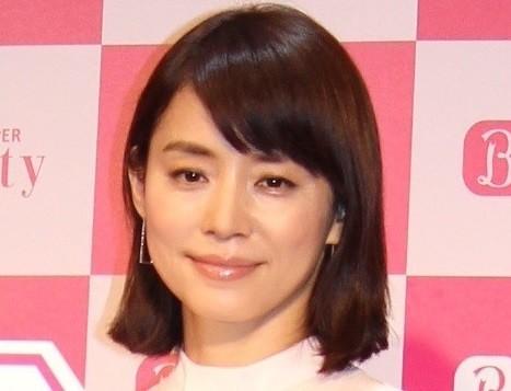 石田ゆり子、20代スコート姿公開 「あかん...眩しい...」
