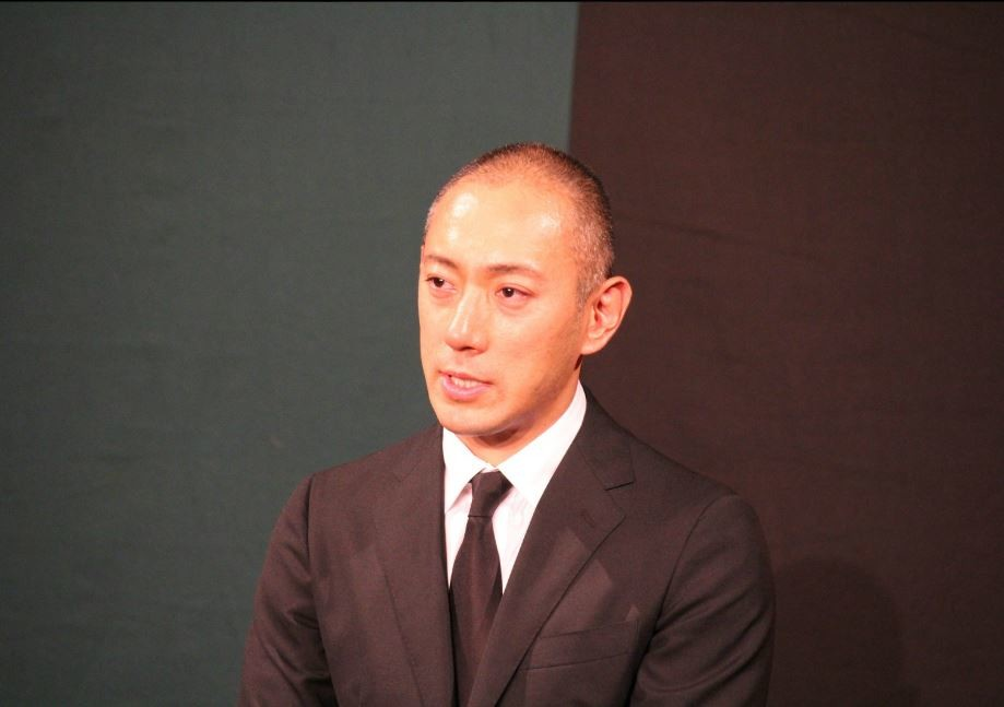 小林麻央さんブログを英語で世界に発信 海老蔵さんが「ご報告」