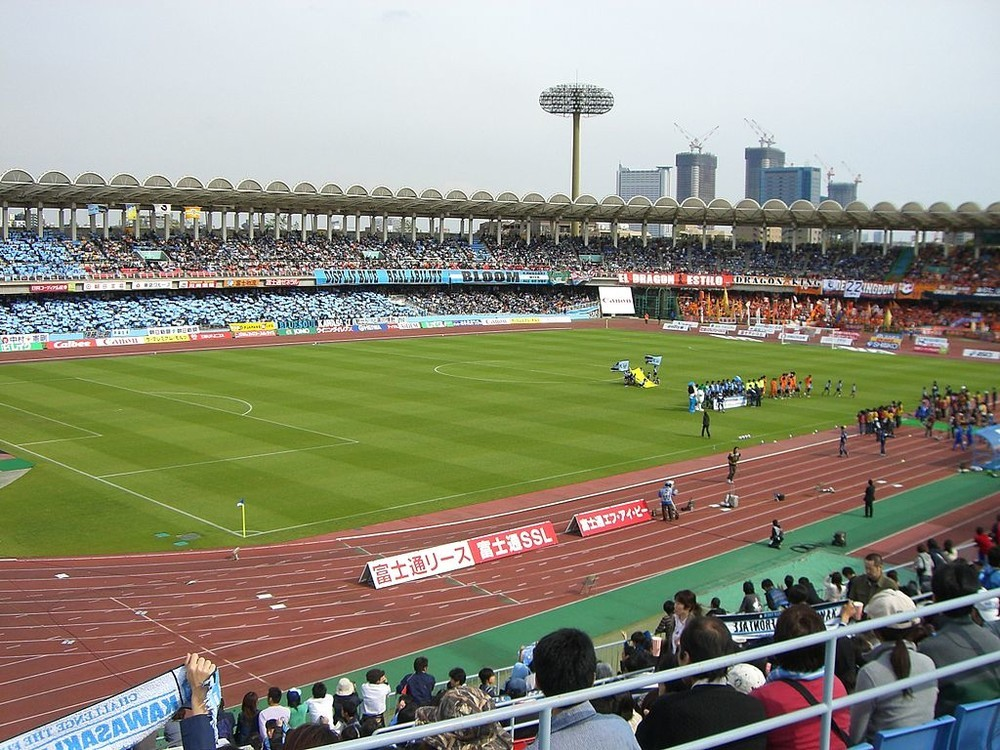 浦和大敗でサポーターがブーイング、ペトロヴィッチ監督「次から連勝しなければ辞める」!