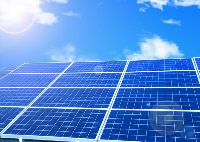 2030年、電力会社がいらなくなる? 「蓄電池の進化」と「太陽光」の未来