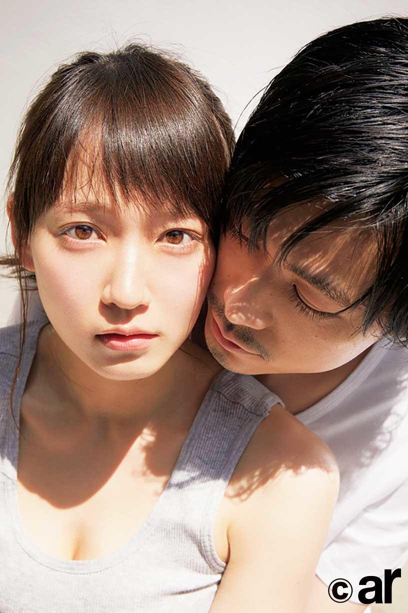 吉岡里帆&成田凌の密着動画が大反響 「どストライクなカップル」とファン歓喜