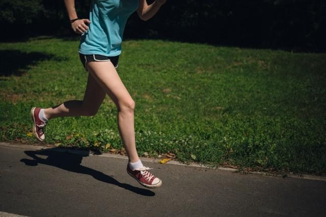 ランニングの歩幅は「自然が一番!」 自分の好きな走り方が最高のコスパ