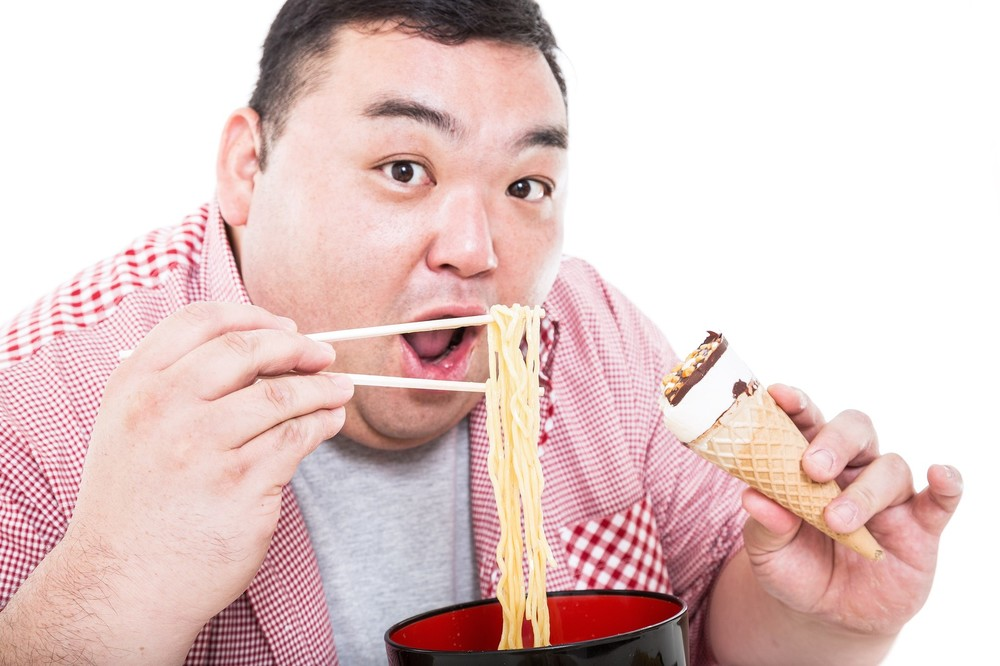 41歳ドランク鈴木の血管年齢「80歳」 偏った食生活で動脈硬化進行中