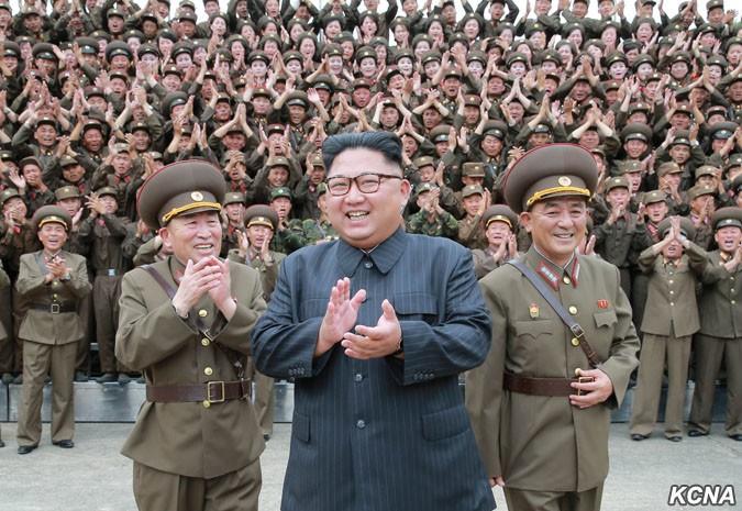 北朝鮮のグアム攻撃は「何%?」 専門家も見方分かれる「行動見守る」の真意