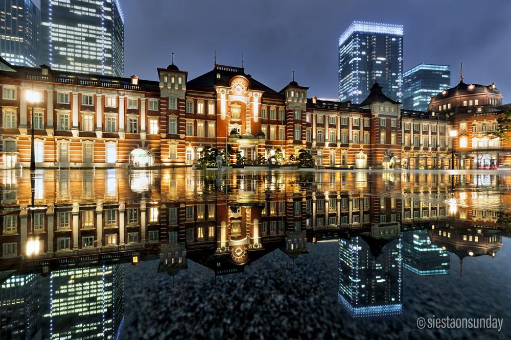 雨の日の東京駅の写真が「綺麗」 その撮り方とは
