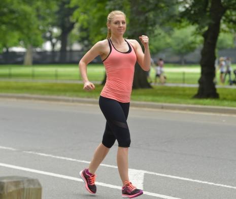 美しいヒップの維持が健康長寿の元 超簡単お尻筋トレと腰痛改善の秘策