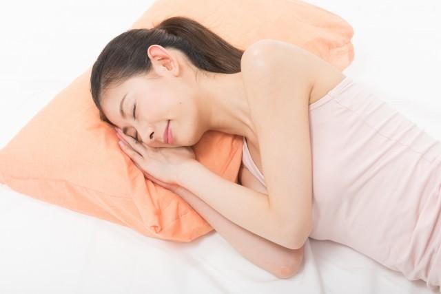 仰向けは危険!正しい睡眠法は横向き<br/>  睡眠不足ががん・認知症・心臓病に