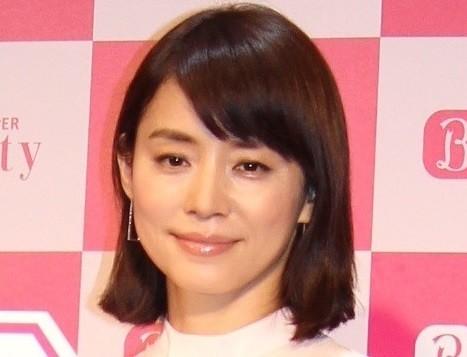 石田ゆり子&ひかりの貴重すぎるツーショット 「待ってました」「そっくりすぎ」