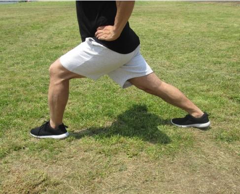 腰痛や膝痛は足のトラブルが原因!? 足首ストレッチと靴選びで驚きの改善効果