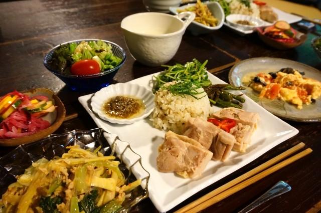 漢方外来が人気、長年の不調を一発で探る 自宅で作る超簡単!症状別の薬膳料理