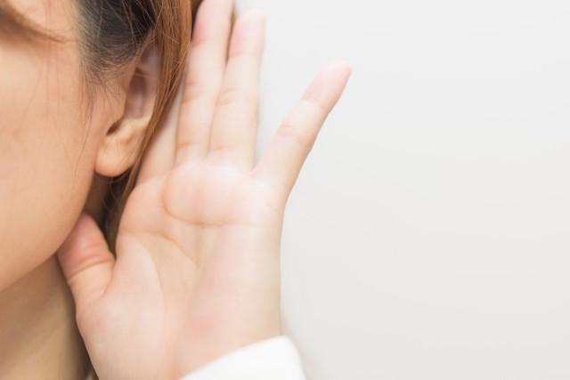 認知症の最大の原因、実は「耳」にあった 聴力低下が脳に及ぼす影響とは