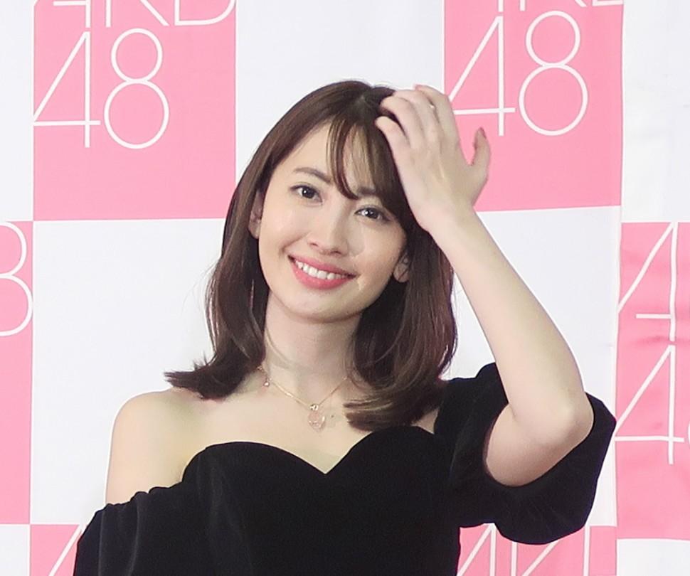 小嶋陽菜、「ダルメシアン」で新年のごあいさつ 「こんなワンちゃん飼いたい」
