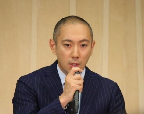 海老蔵、初めて麻央さんからの手紙を開封 書かれてあった内容とは...