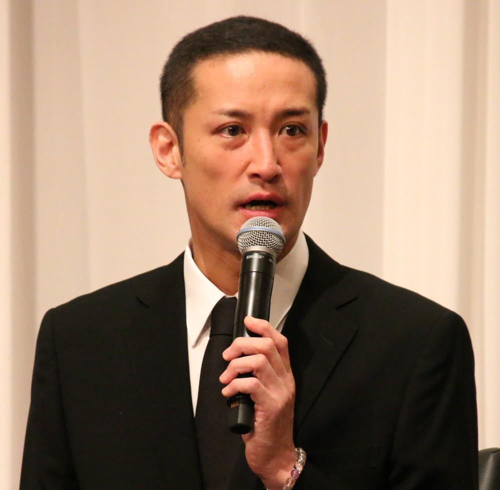 松岡昌宏は誰よりも怒り、誰よりも涙を流した にじんだ「兄ぃ」山口達也への思い