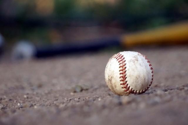 プロ野球、呪われた1日? 「頭部にボール直撃」続発で騒然