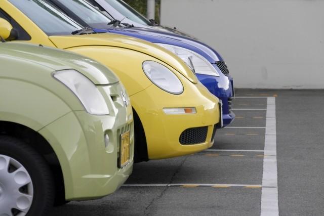 自動車めぐる「大幅減税」論 財務省はどう動く?