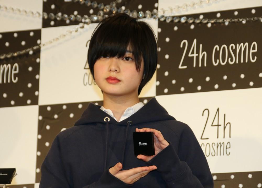 欅坂46平手友梨奈が「無気力ダンス」? ファン「見ていて心配」