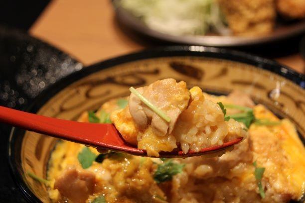 吉野家HDが「鶏」で勝負! 親子丼&から揚げ特化店のねらいは...