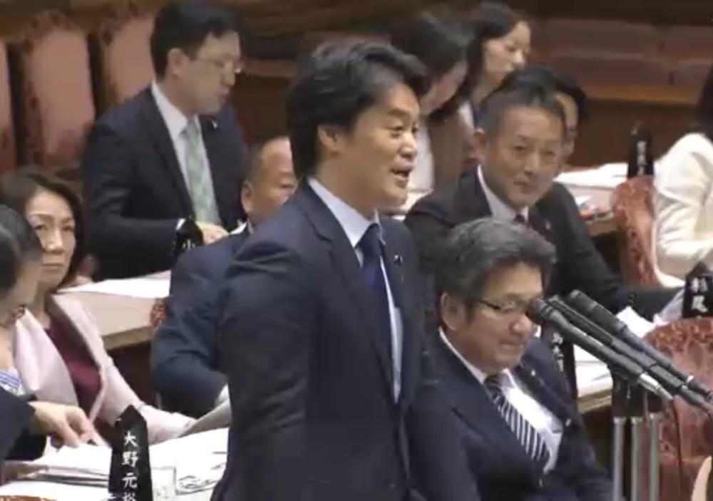 小西洋之氏VS安倍首相またバトル 「将来を思えば控えられた方が」「総理に人生を説かれるほど...」