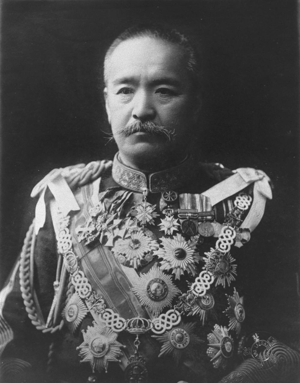 首相の桂太郎は日露戦争での賠償金にこだわり続けた