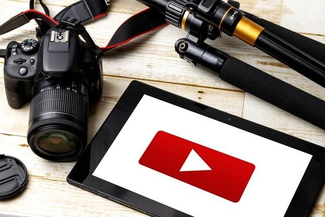 韓国人YouTuber、店員に注意され「嫌韓される!」 約300万再生、お好み焼き店は「動画配信禁止」