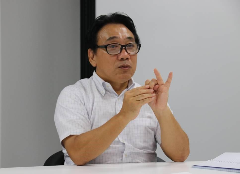 「一番大事と言われているのが通信」と訴える松島代表