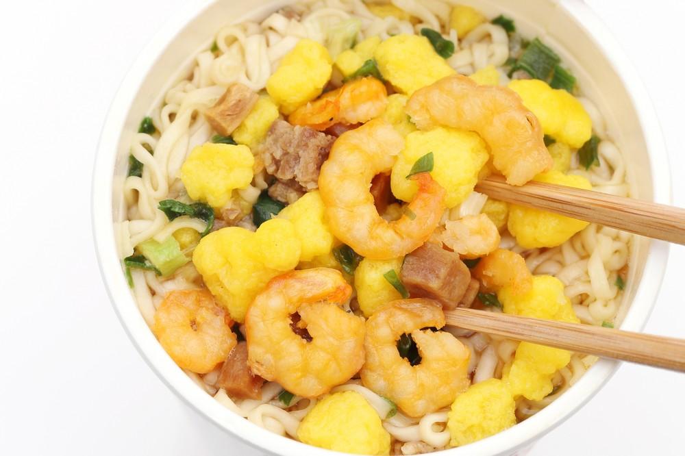 「カップヌードル」米中の好調で... 日清食品HDに投資家が注目