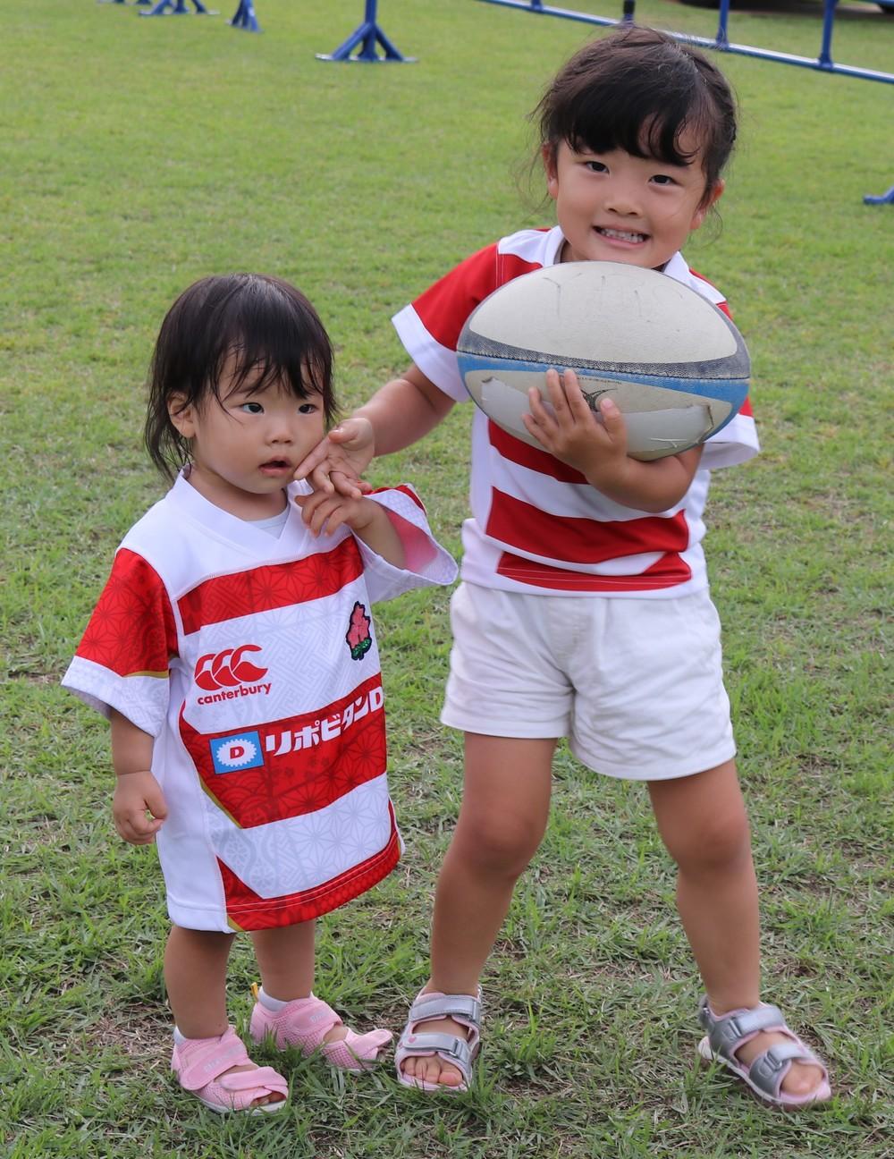 子どもたちも「ニッポン、チャチャチャ!」 ラグビー日本代表、初の8強を支えた「本能のプレー」