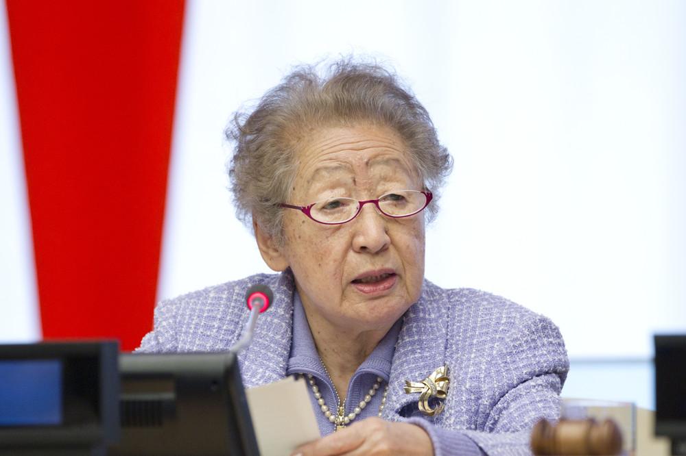 緒方貞子さん死去、92歳 元難民高等弁務官、世界の紛争地に足運ぶ