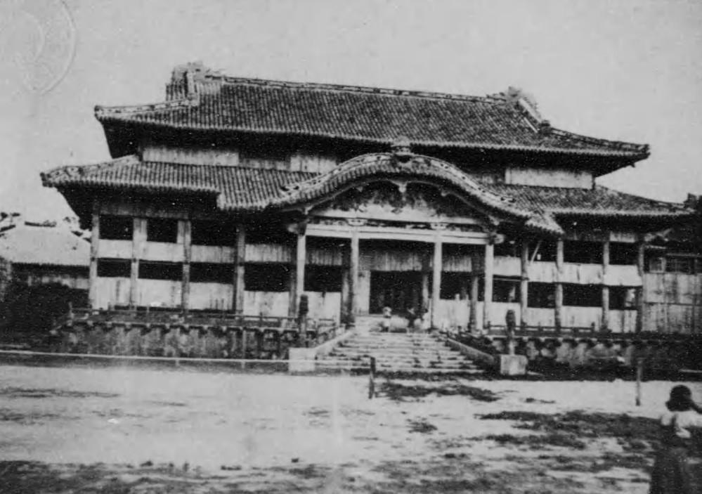 首里城、「再建」急務に 92年の復元後も続いていた「研究」と「人材育成」