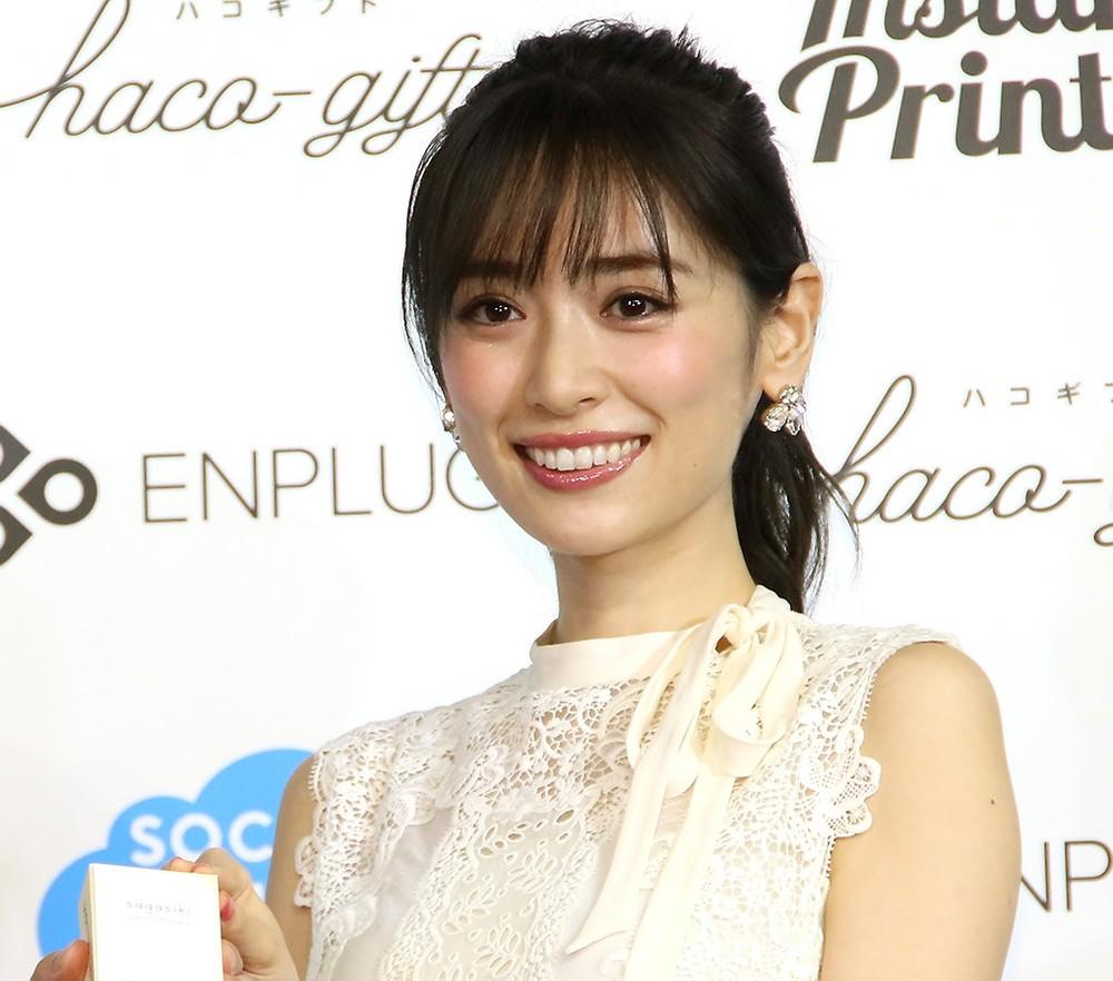 泉里香さん